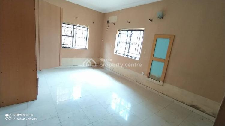 Massive 3 Bedroom Flat, Lekki Phase 1, Lekki, Lagos, Flat for Sale