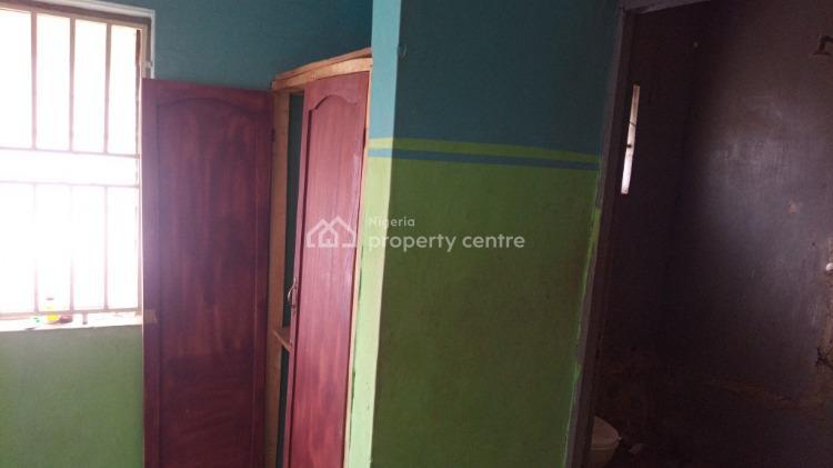 3 Bedroom Flat., Oju Oja Apete., Apata, Ibadan, Oyo, Mini Flat for Rent