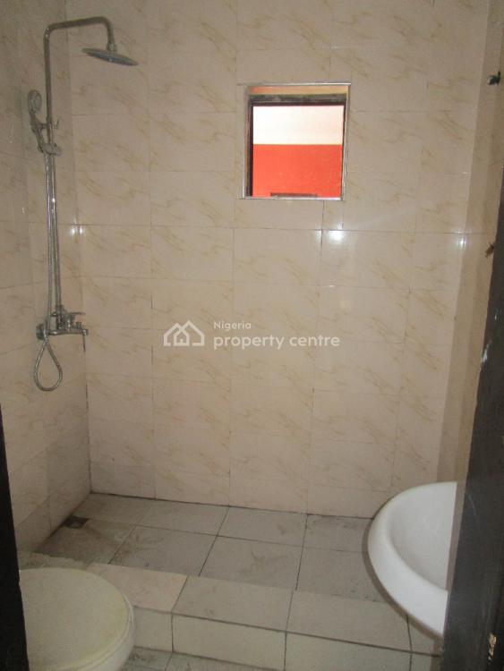 2 Bedroom Flat with Excellnt Facilities, Chevron Drive, Lafiaji, Lekki, Lagos, Flat for Rent