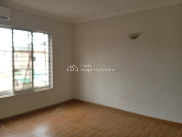 5 Bedroom Terrace Apartment, Lekki Phase 1, Lekki, Lagos, Terraced Duplex for Rent