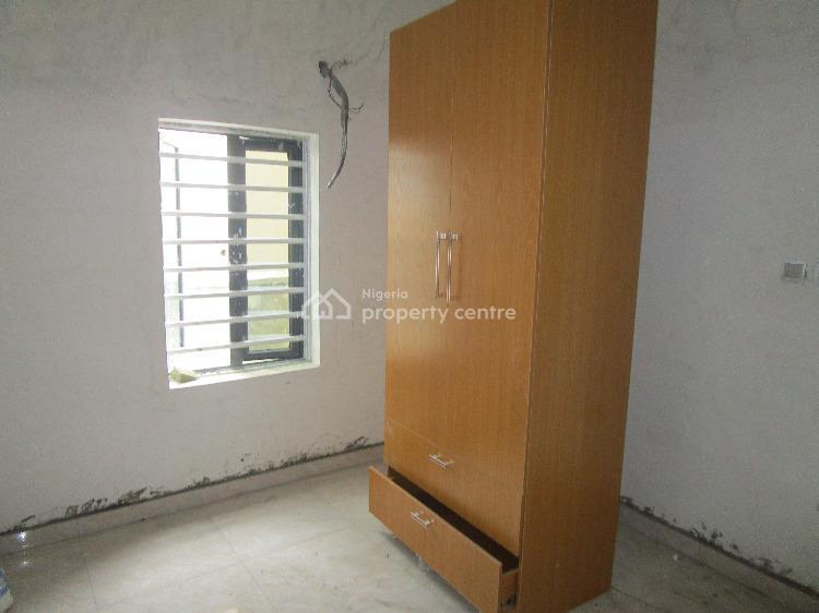 a Room and Parlor Mini Flat, Chevron Drive, Lafiaji, Lekki, Lagos, Mini Flat for Rent