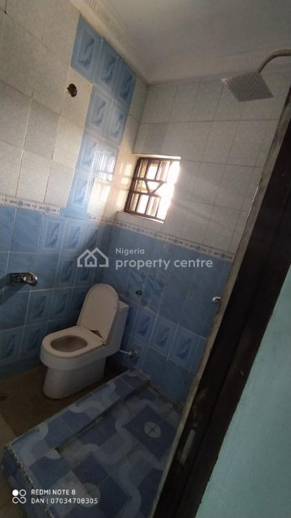 Standard 2 Bedrooms Terrace, Along 6th Avenue Road, Gwarinpa, Abuja, Flat for Rent