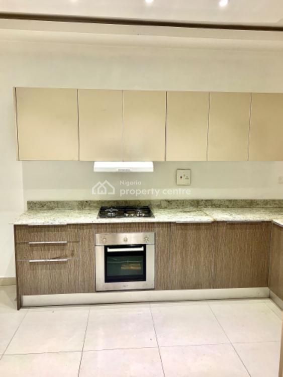 Luxurious 2 Bedrooms Flat, Lafiaji, Lekki, Lagos, Flat for Sale