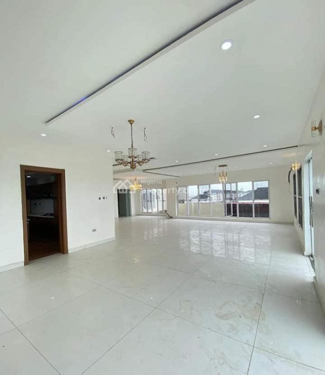 Luxury 3 Bedrooms Apartment, Lekki Phase 1, Lekki, Lagos, Flat for Sale