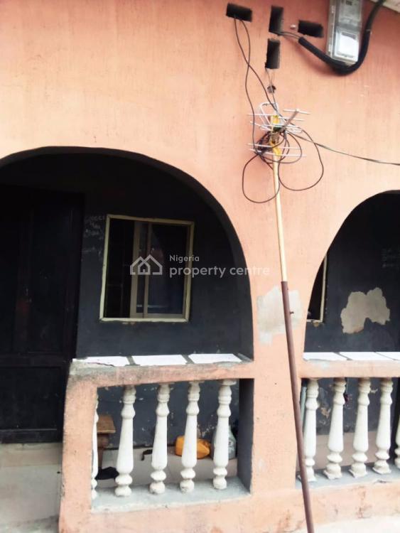 Clean Bungalow, Miyaki Close to Iyana Oworo, Gbagada, Lagos, Terraced Bungalow for Sale