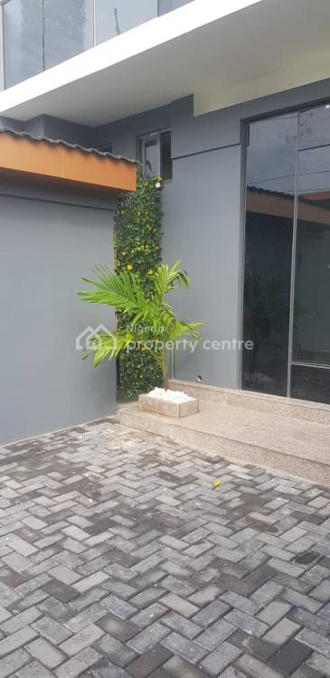 Brand New Shop Available, Along Muri Okunola, Victoria Island (vi), Lagos, Shop for Sale