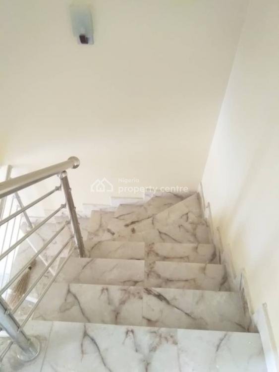 3  Bedroom Terrace, Airport Road., Lugbe District, Abuja, Terraced Duplex for Sale