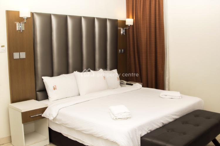 Deluxe Room, 26b Oladimeji Alor Street Off Freedom Way, Lekki Phase 1, Lekki, Lagos, Self Contained (single Rooms) Short Let