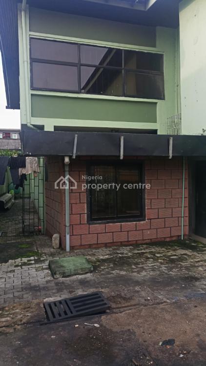 Stand Alone Three Bedroom Duplex, Surulere, Lagos, Semi-detached Duplex for Rent
