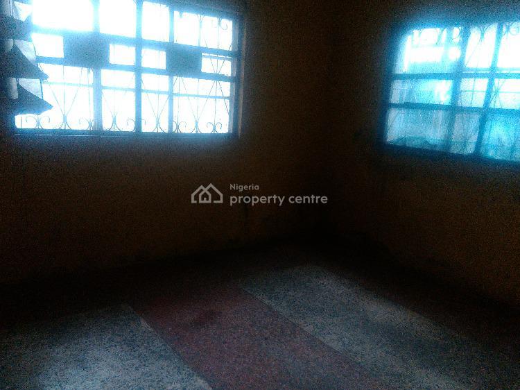 2 Bedroom Flat Ground Floor., Via Emanuel Bus Stop Adetola Aguda, Surulere, Lagos, Flat for Rent
