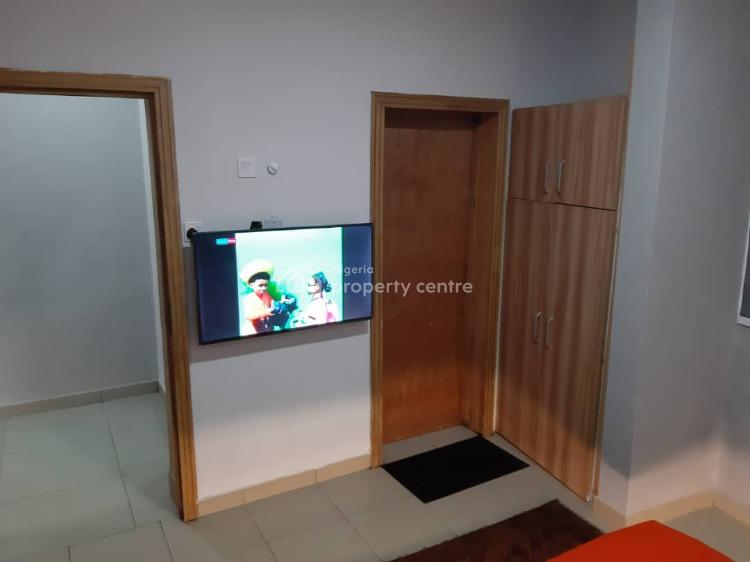3 Bedroom Apartment, Road 15, Kayode Animashun Street,, Lekki, Lagos, Flat Short Let