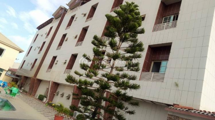 Luxury Building with State of The Art Facilities, Lekki Expressway, Lekki, Lagos, Hotel / Guest House for Sale