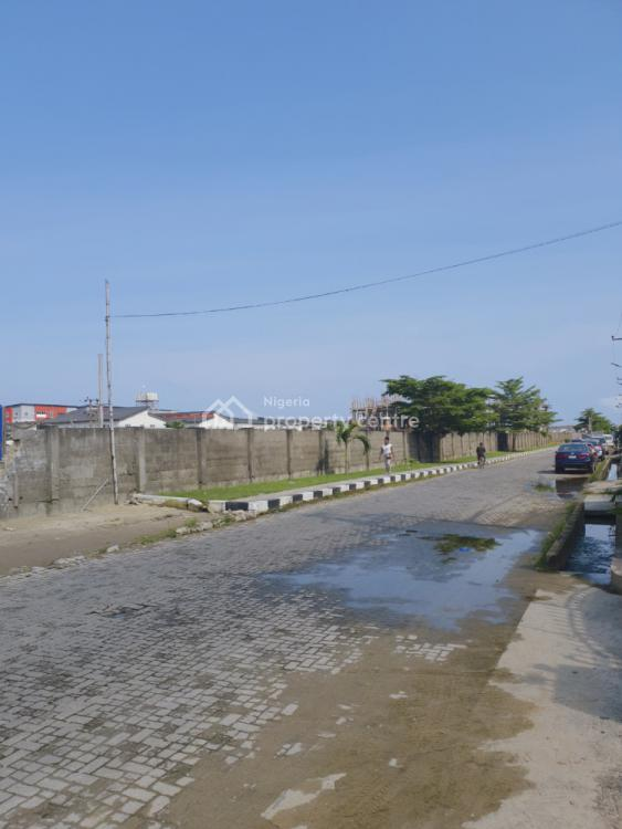 5 Bedrooms Terraced Triplex, T.y. Meadow Hall Way, Lekki, Lagos, Terraced Duplex for Sale
