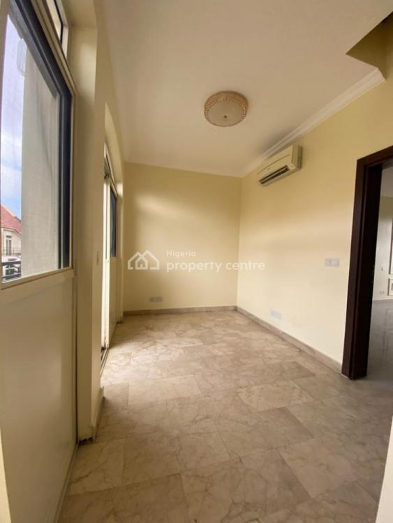 Amazing  4 Bedroom Semi-detached Duplex with 1 Room Bq, Ikoyi, Lagos, Semi-detached Duplex for Sale