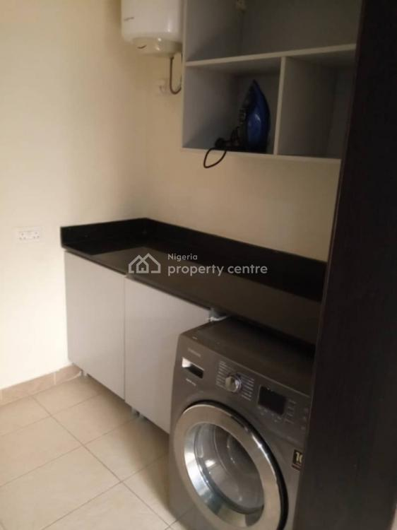 3 Bedrooms Amazing Apartment, Broudilion, Ikoyi, Lagos, House Short Let
