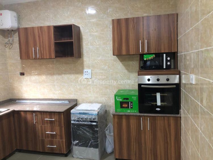 2 Bedroom Apartment, Behind Novare Mall (shoprite), Off Monastery Road, Sangotedo, Ajah, Lagos, House for Sale