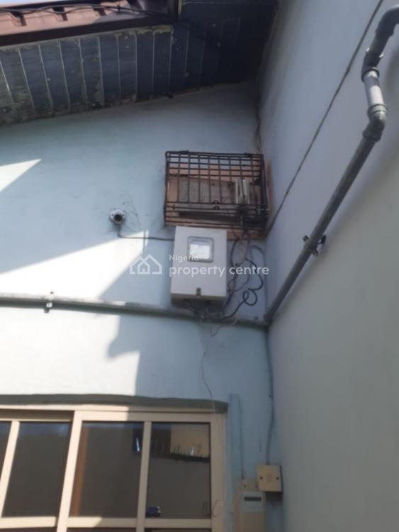 3 Bedroom Bungalow on a Parcel of Land, Off Akerele Via National Stadium., Ogunlana, Surulere, Lagos, Detached Bungalow for Sale