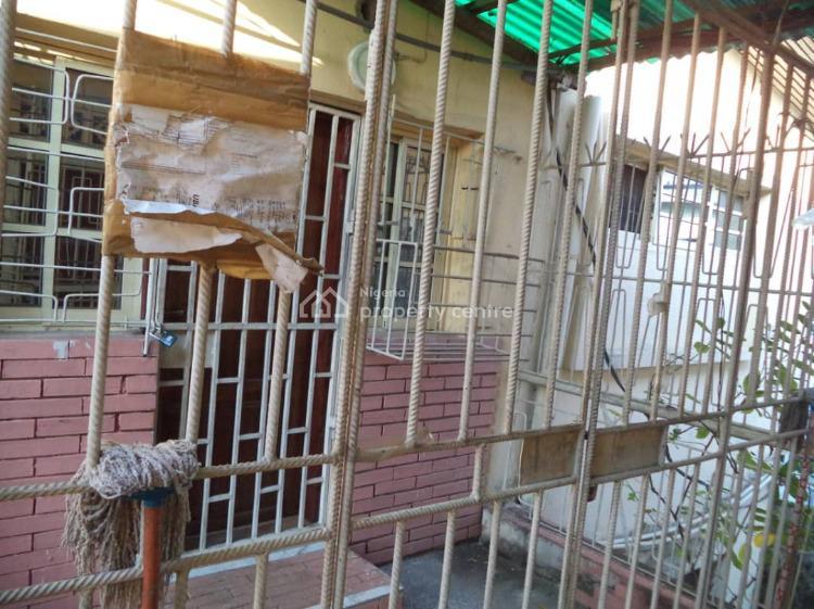 2 Bedroom Apartment, Ilupeju, Lagos, Flat for Sale