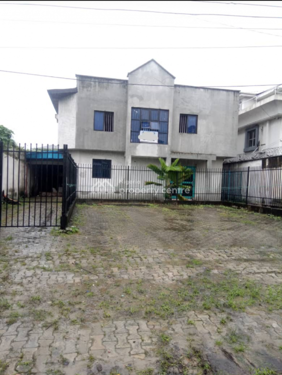 Commercial Property in a Good Location, Off Ligali Ayorinde, Victoria Island Extension, Victoria Island (vi), Lagos, Commercial Property for Rent
