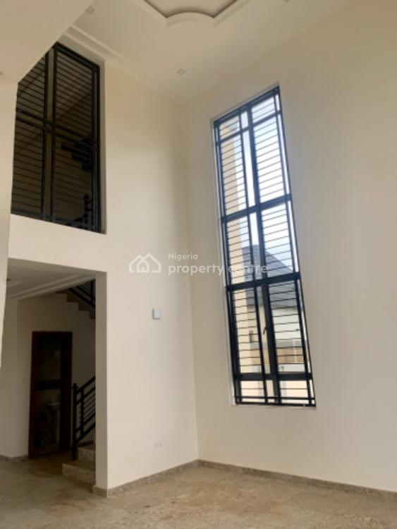 6 Bedrooms Fully Detached Duplex with Swimming Pool, Guzape District, Abuja, Detached Duplex for Sale