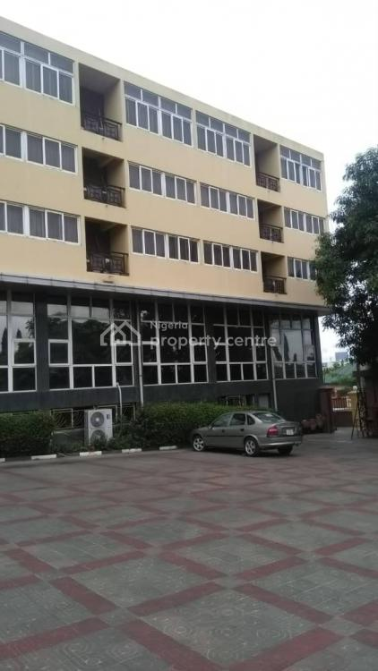 78 Rooms Hotel on 4000sqm, Wuse 2, Abuja, Hotel / Guest House for Sale
