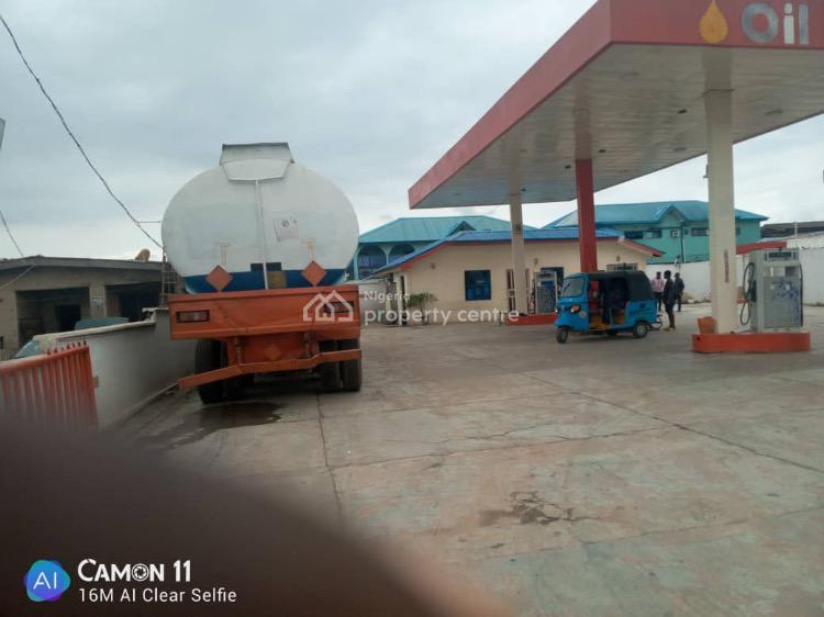 5 Pumps Filling Station, Shasha Road, Akowonjo, Alimosho, Lagos, Filling Station for Sale