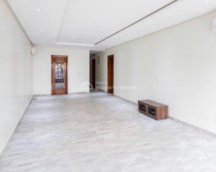 Luxury 3 Bedrooms Apartment, Lekki Phase 1, Lekki, Lagos, Block of Flats for Sale