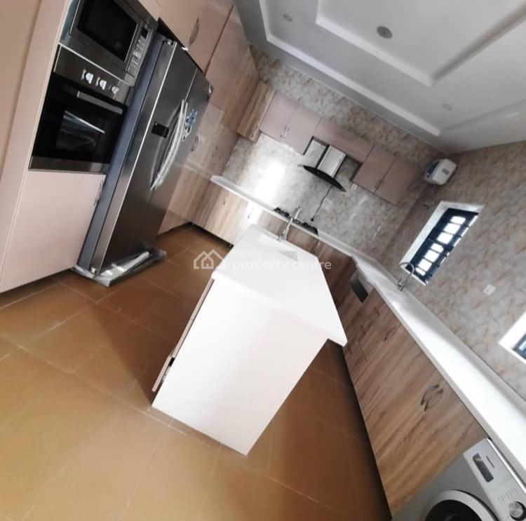 Luxury 5 Bedrooms Apartment, Ikota, Lekki Phase 1, Lekki, Lagos, Detached Bungalow for Sale
