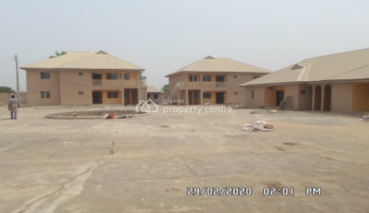 3 Bedroom Flat, Elijah Lawal Street, Off Awolowo Road, Tanke Akata, Ilorin South, Kwara, Flat for Rent