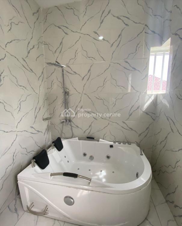 Exquisite 5 Bedroom Fully Detached with a Room Bq, Chevron, Lekki, Lagos, Detached Duplex for Sale