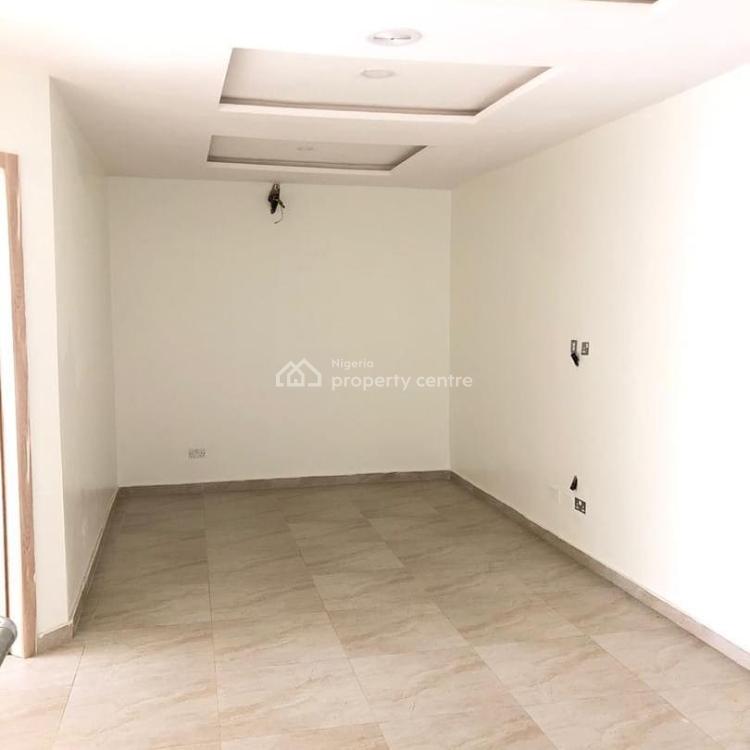 4 Bedrooms Terraced  Duplex, Victoria Bay 2, Osapa, Lekki, Lagos, Terraced Duplex for Sale