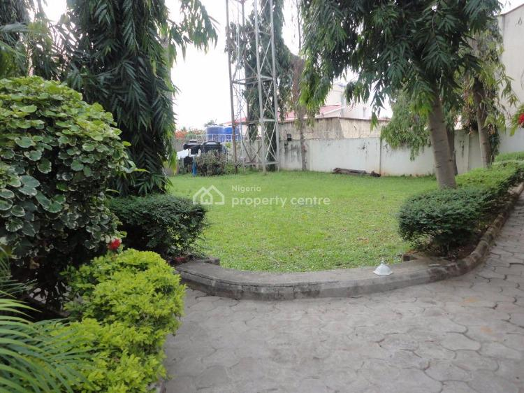 Serviced 4 Bedrooms Semi Detached Duplex with a Maids Room, Asokoro District, Abuja, Semi-detached Duplex for Rent