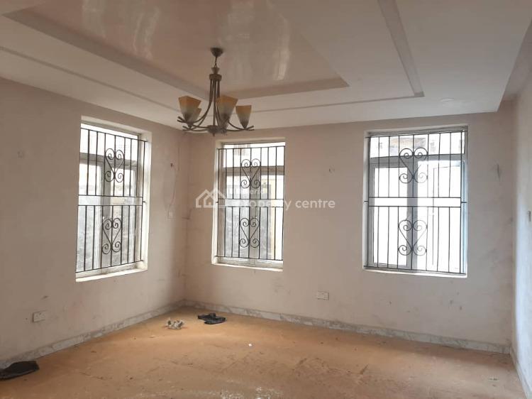 4 Bedrooms Semi Detached Duplex, Gra, Magodo, Lagos, Semi-detached Duplex for Sale