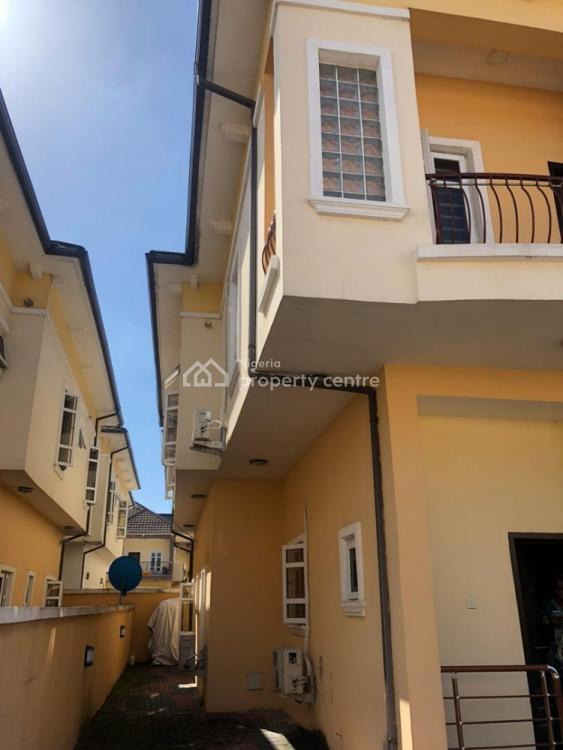4 Bedroom Terrace with Bq., South Lake Home Estate Phase 2, Ologolo, Lekki, Lagos, Terraced Duplex for Sale