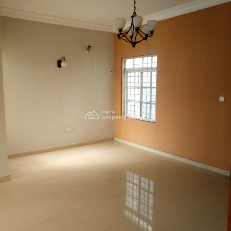 a Tastefully Finished Serviced New 3 Bedroom Terraced Duplex with 1bq., Diplomatic Zone, Katampe Extension, Katampe, Abuja, Terraced Duplex for Rent