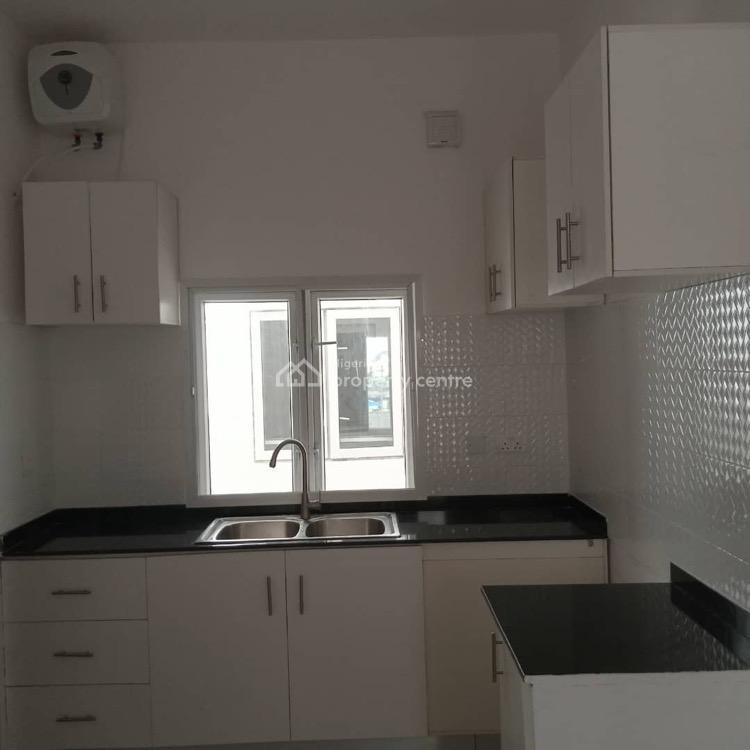 For Rent: 2 Bedroom Apartment, Osapa, Lekki, Lagos