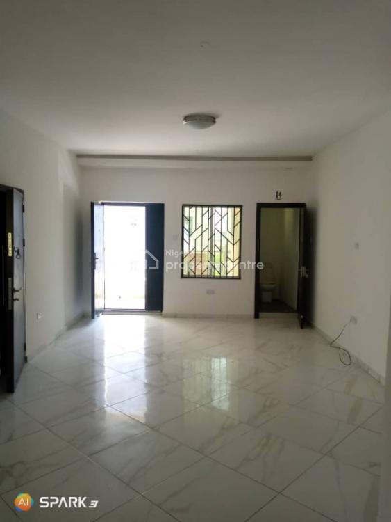 Spacious & New Renovated  3 Bedroom Flat (24 Hours Power), Lekki Gardens Estate, Ikate Elegushi, Lekki, Lagos, Flat for Rent