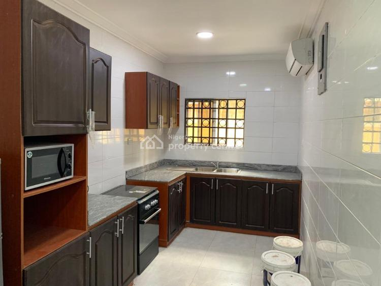 Executive 3 Bedroom Flat, Phase 1, Gra, Magodo, Lagos, Block of Flats for Sale