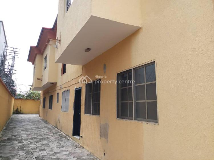Self Serviced 3 Bedroom Flat with Just 2 Tenants in The Compound, Off Oladimeji Alo, Lekki Phase 1, Lekki, Lagos, Flat for Rent