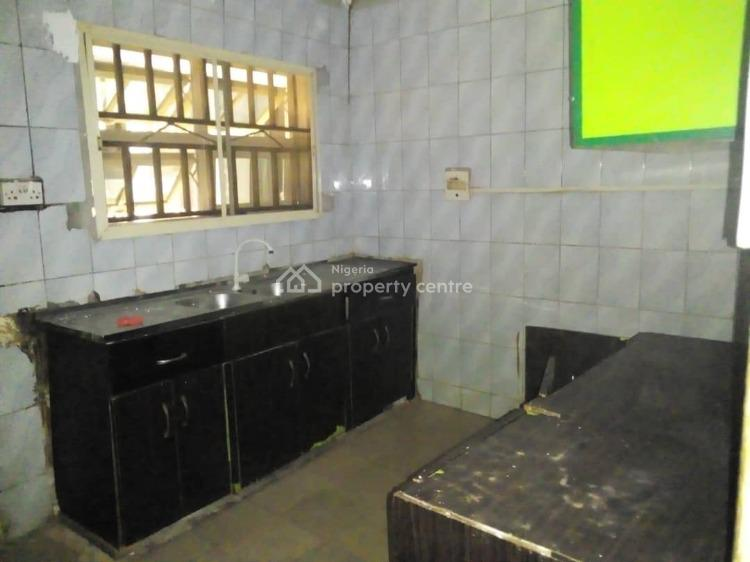 Well Renovated 2 Bedroom Flat., Asokoro District, Abuja, Mini Flat for Rent