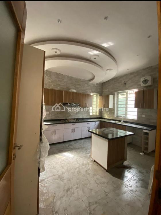 5 Bedroom Duplex, Phase 1, Magodo, Lagos, Detached Duplex for Sale