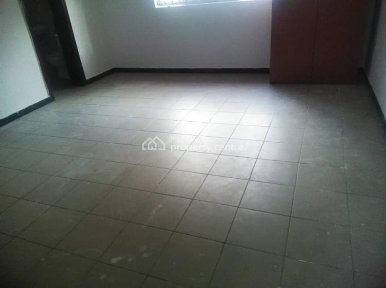 a Room Self Contained, Off Emma Abimbola Street, Lekki Phase 1, Lekki, Lagos, Self Contained (single Rooms) for Rent