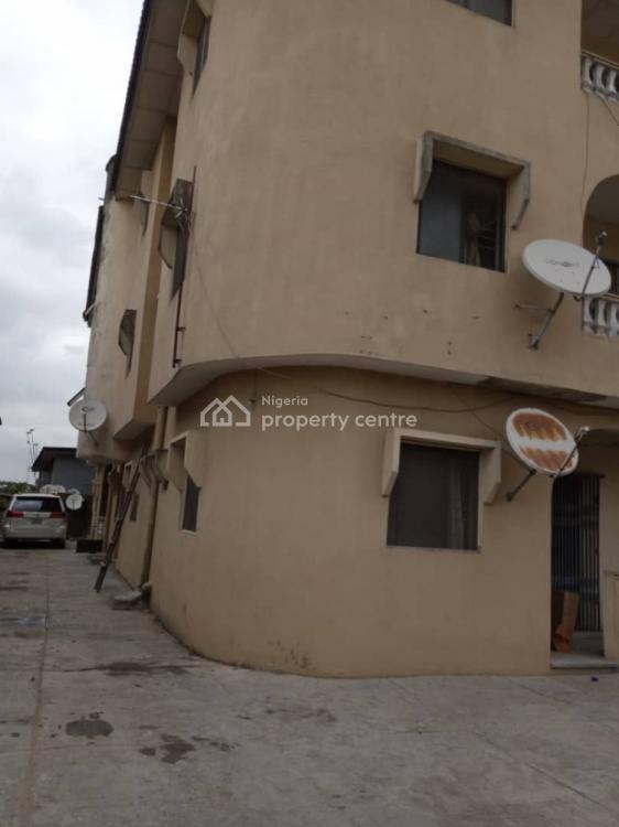 a Very Clean and Spacious 3 Bedroom Flat, Oluwalogbon, Ikosi, Ketu, Lagos, Flat for Rent