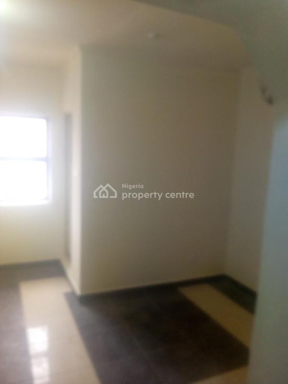 Single Room Self Contained, Opposite Circle Mall Shoprite, Jakande, Lekki, Lagos, Self Contained (single Rooms) for Rent