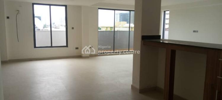 2 Bedroom Flat Located., Victoria Island Extension, Victoria Island (vi), Lagos, Flat for Rent
