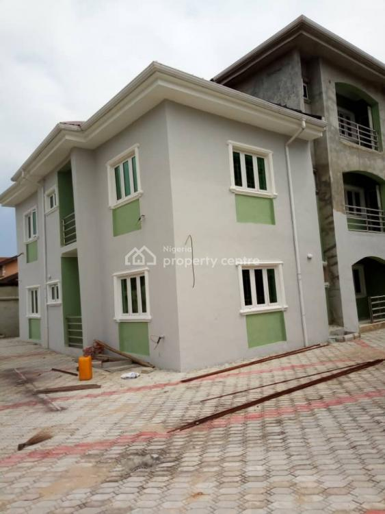Hospital / Company Space in Thomas Estate, Thomas Estate, Ajiwe, Ajah, Lagos, Plaza / Complex / Mall for Rent