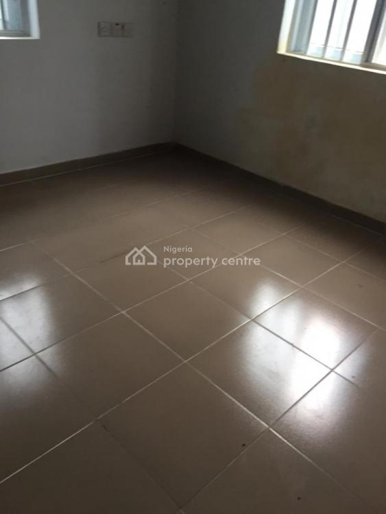 Superb 2 Bedroom Flat, Off Mobil Road, Ilaje, Ajah, Lagos, Flat for Rent