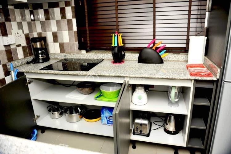 Fully Furnished 2 Bedrooms, Off Admiralty, Lekki Phase 1, Lekki, Lagos, Flat Short Let