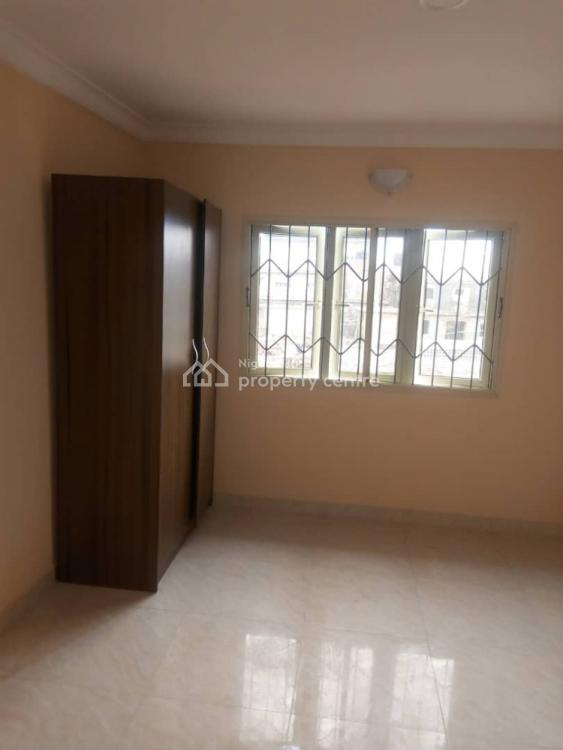 Standard Spacious Brand New 3 Bedroom., Community Roaf, Ago Palace, Isolo, Lagos, Flat for Rent