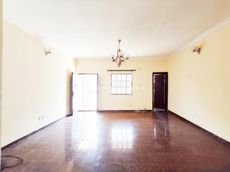 Massive 2 Bedroom Apartment. Upstairs. Generator, Lekki Phase 1, Lekki, Lagos, Flat for Rent